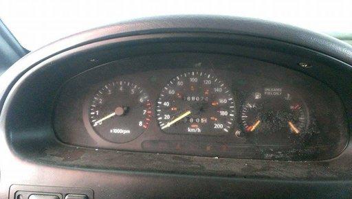 Ceasuri bord kia sportage motor 2.0 benzina an 1996