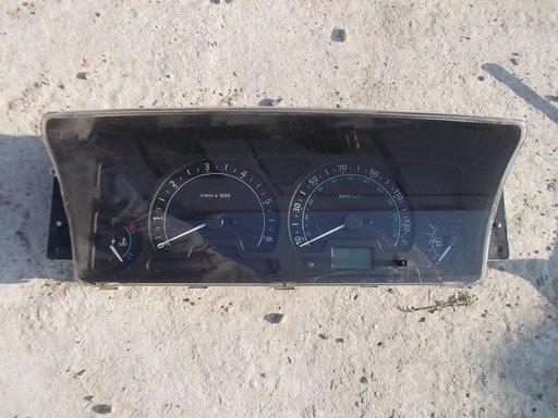 Ceasuri bord Land Rover Discovery 2 dezmembrari piese auto