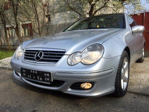 Ceasuri bord Mercedes C-CLASS Coupe Sport CL203 2001 Coupe 2.0