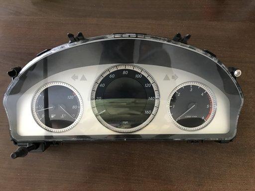 Ceasuri bord Mercedes C-Klasse W204