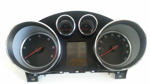 Ceasuri bord Opel Insignia 2.0 Diesel