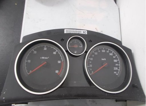 Ceasuri bord Opel Zafira B 13216660