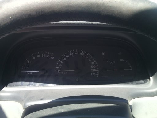 Ceasuri Bord Renault Laguna 1.6 16v benzina