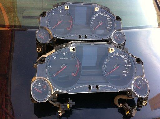 Ceasuri de bord Audi A8 4e