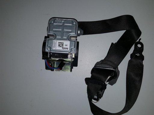 Centura siguranta stanga fata Mercedes CLS W219 A2118605586