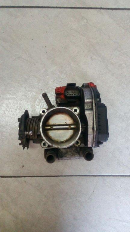 Clapeta acceleratie Audi A4 B5 cod 408237210001 058133063