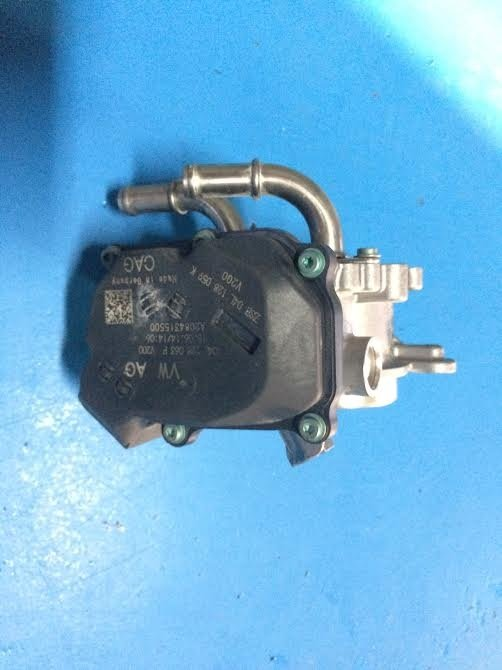Clapeta acceleratie Audi TT 2.0TDI 04L128063P