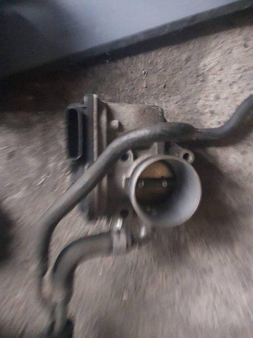 Clapeta acceleratie Suzuki SX4 1.6 benzina an 2008 4x4