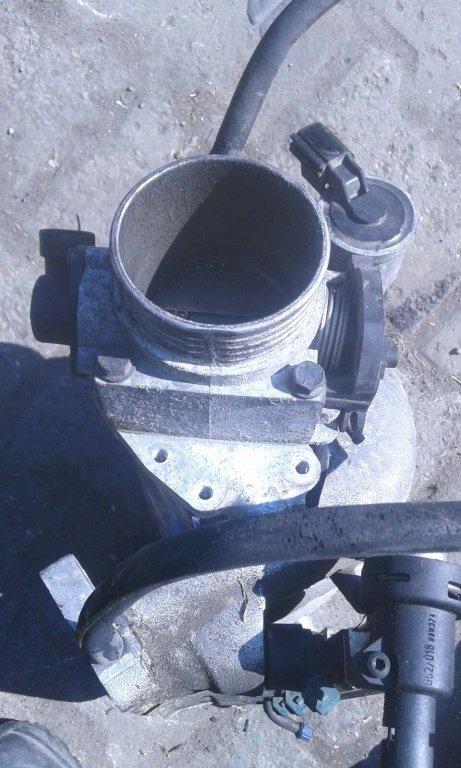 Clapeta acceleratie volvo s40 1.8 benzina