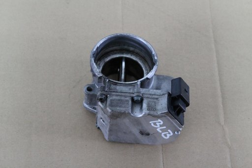 Clapeta admisie Audi A4 motor BLB cod 03g 128 063