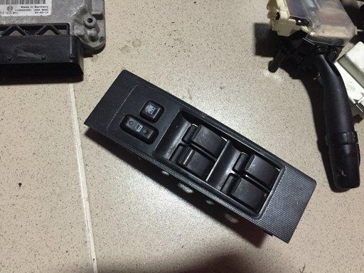 Comanda geamuri electrice butoane Toyota Corolla Verso stanga fata