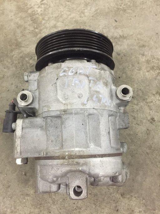 Compresor AC DENSO,COD 600820808G