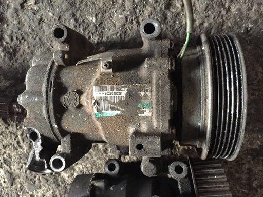 Compresor AC Renault 1.5 DCI cod 8200651251