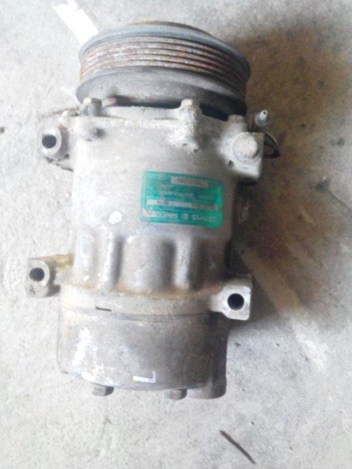 Compresor clima Renault 1.9 DTI ,cod 7700111289