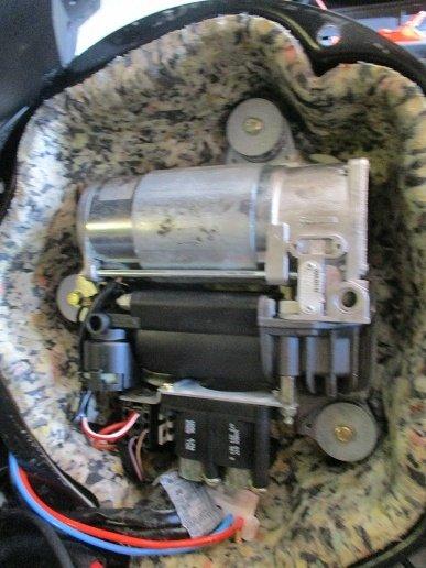 Compresor perne aer BMW X5 E53 2005