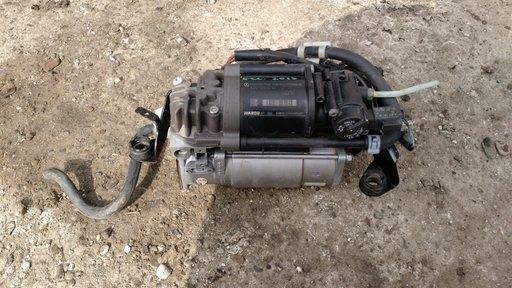 Compresor perne aer/suspensie pentru Mercedes E cl