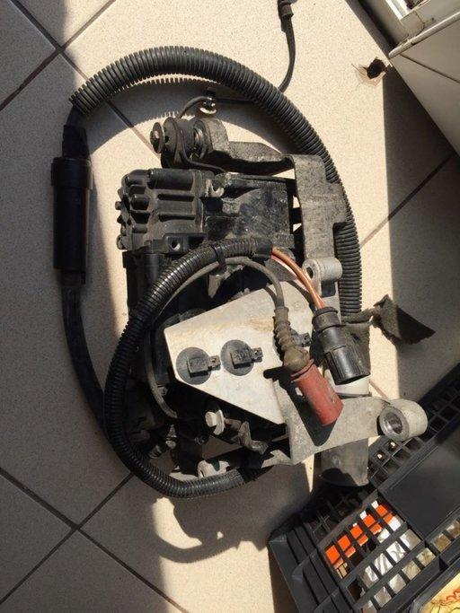 Compresor suspensie Audi A8 4E D3 perne aer 2004 2