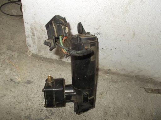 Compresor suspensie din dezmembrari Range Rover 2.5 diesel P38