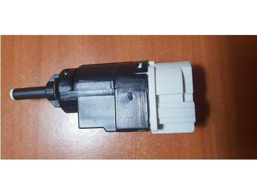 Comutator, actionare ambreiaj (Tempomat) Dacia , Renault , Opel 253256730R