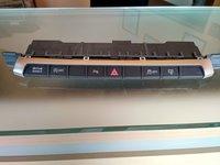 Consola butoane , buton avarii Audi A3 8V NR.2371