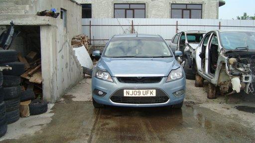 Consola centrala Ford Focus 2 Facelift an 2010 motor 1.6 benzina SHDA