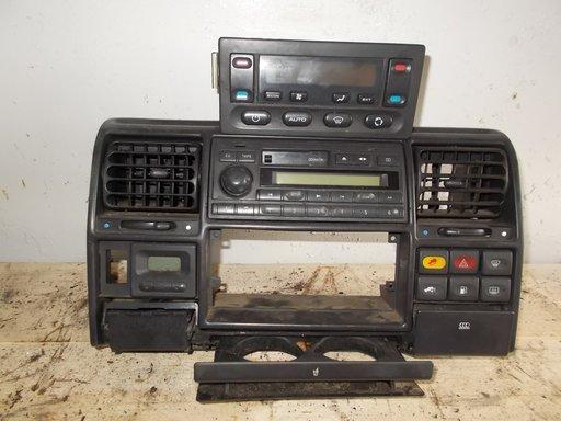Consola clima sau radio casetofon Land Rover Discovery 2