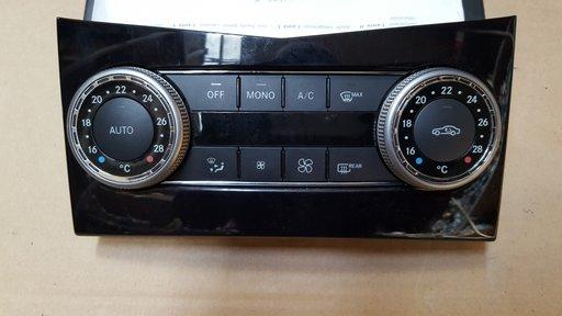 Consola de climatizare Mercedes-Benz c200 2010