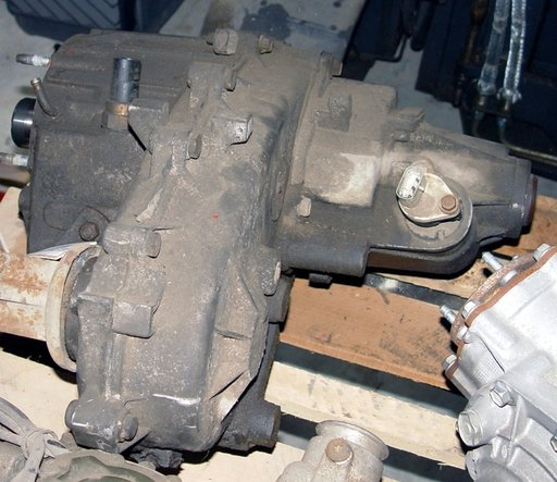 Cutie de transfer Jeep Grand Cherokee 1, 5.2S