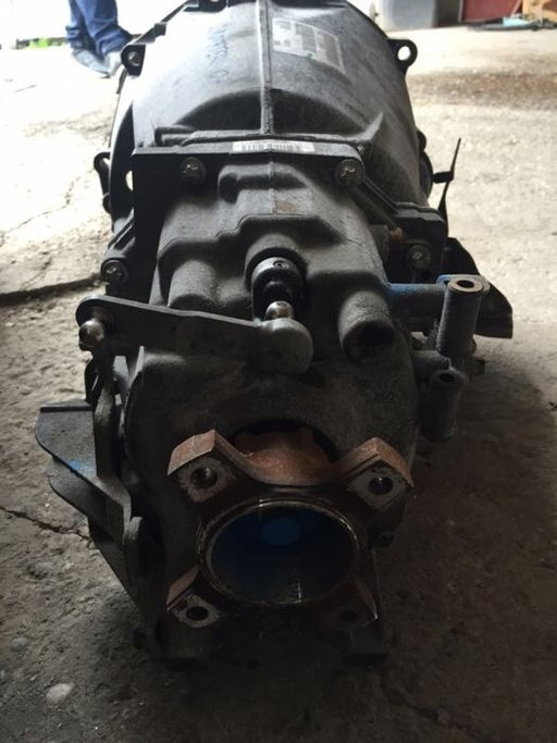 Cutie de viteza vw crafter motor 2.5 tdi in 6 viteze 2007 cod a 2112611601