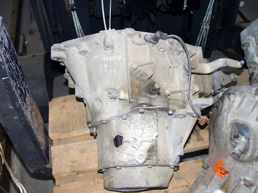 Cutie de viteze sparta Peugeot Partner 1.9D, an fabr 2004