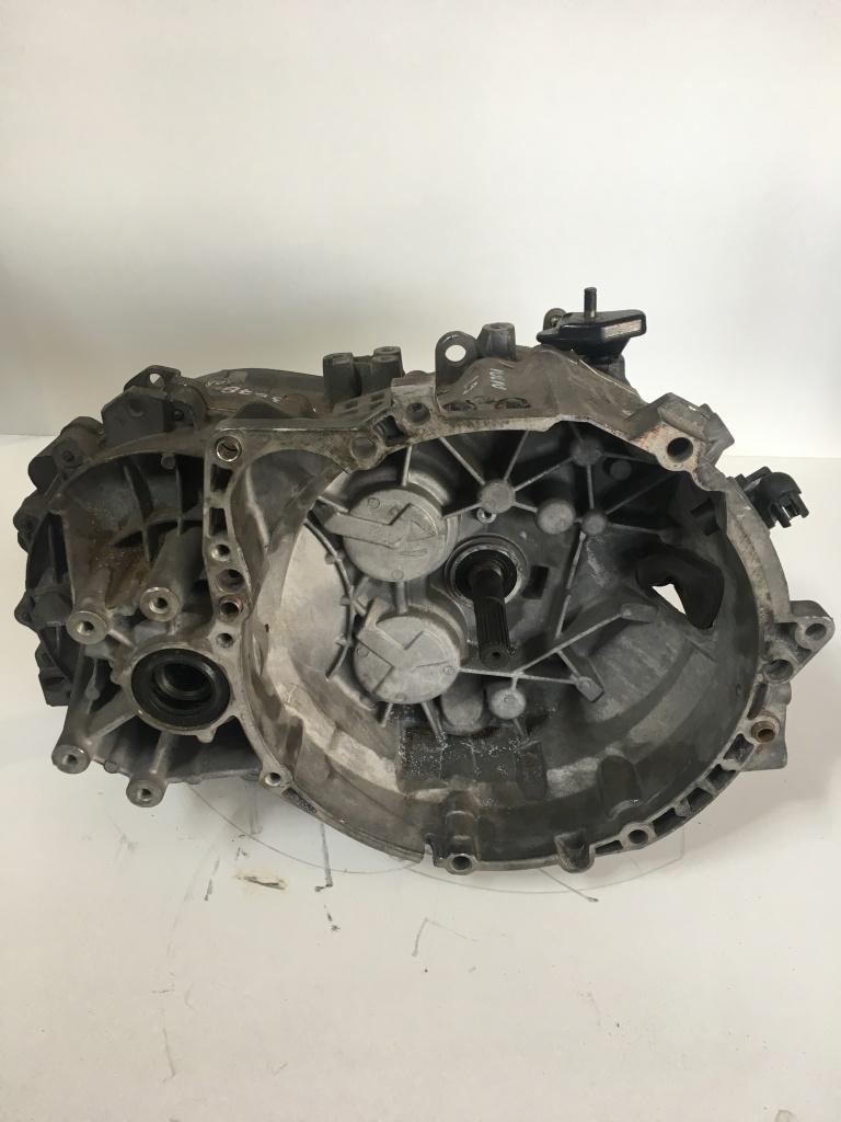 Cutie de viteze Volvo V40 2.0 benzina Cod:1023678
