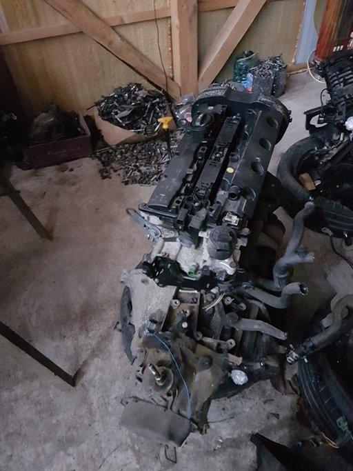 Cutie Peugeot 206 motor 2.0 benzina 131cp