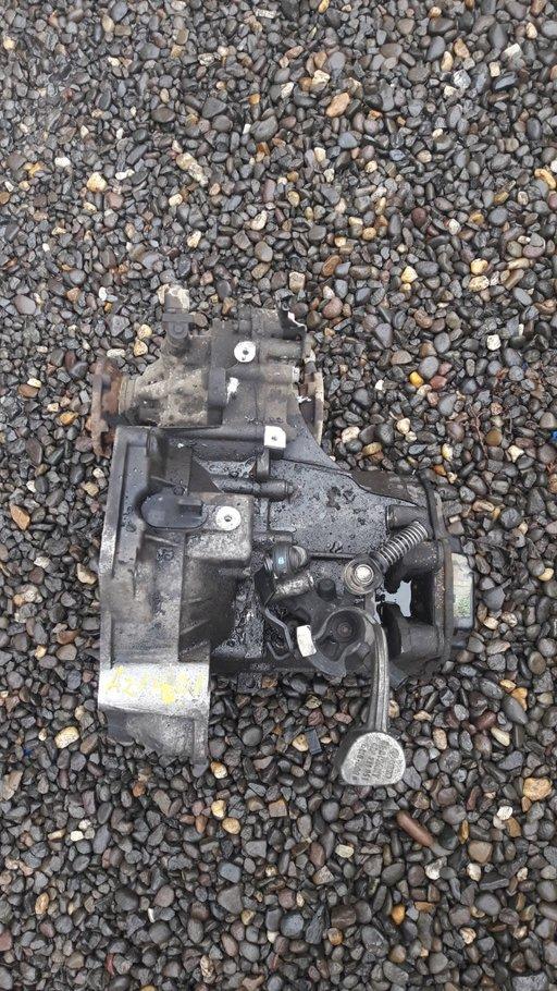 Cutie Viteze Audi A2 1.4 Diesel AMF din 2001