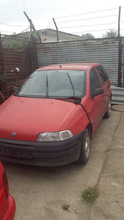 Cutie Viteze Fiat Punto 1.1B DIN 1996