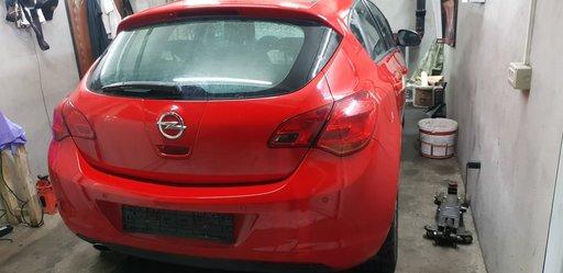Cutie viteze manuala Opel Astra J 2011 Hatchback 1.4 Turbo