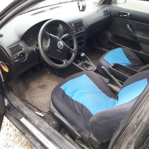 Cutie viteze manuala VW Golf 4 2003 Coupe 1.4