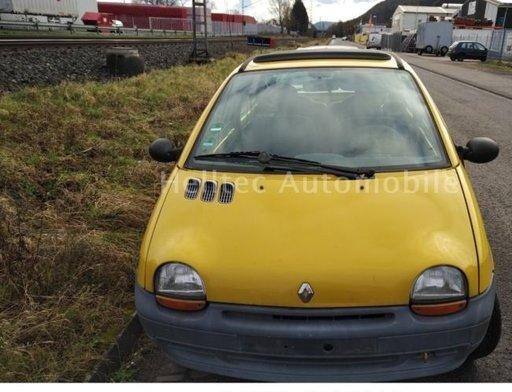 Cutie Viteze Renault Twingo anul 1997 benzina
