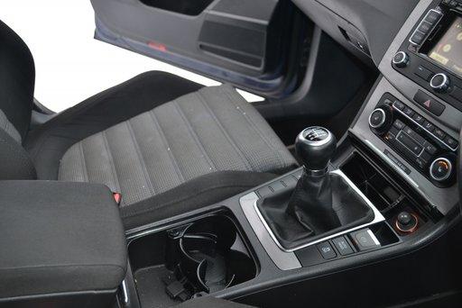 CUTIE VITEZE VW PASSAT B7 6+1 LNZ 140 CP