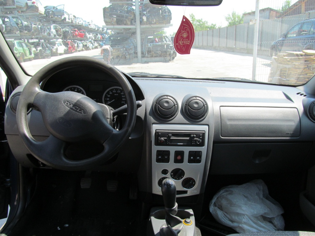 Dacia Logan din 2006