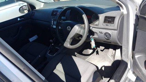 Debitmetru aer Opel Zafira 2008 Hatchback 1.9 CDTI