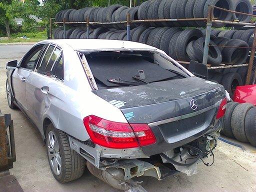 Dezmembam mercedes w212 fab. 2010 motor 1.8benzina si 2.2diesel