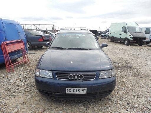 Dezmembram Audi A3 1.6BENZINA AN 1997
