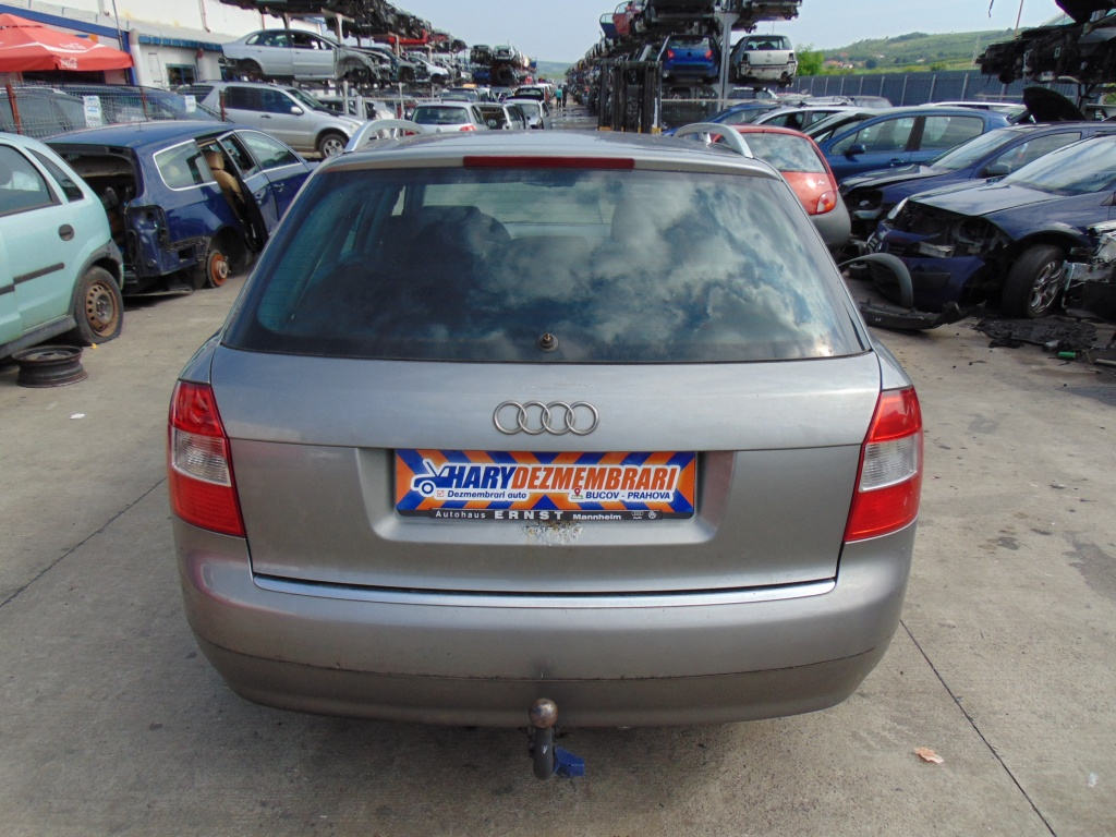 Dezmembram Audi A4 B6 , 1.9TDI , tip motor AVF , fabricatie 2003