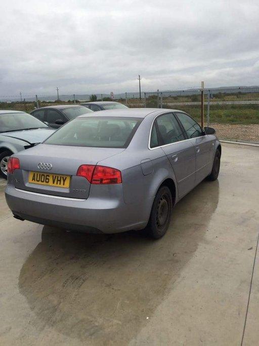 Dezmembram Audi A4 b7 an 2006 2.0 tdi cod BRE