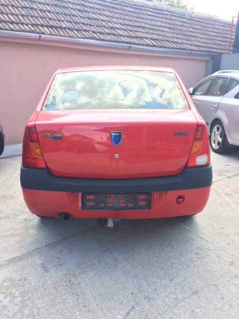 Dezmembram Dacia Logan