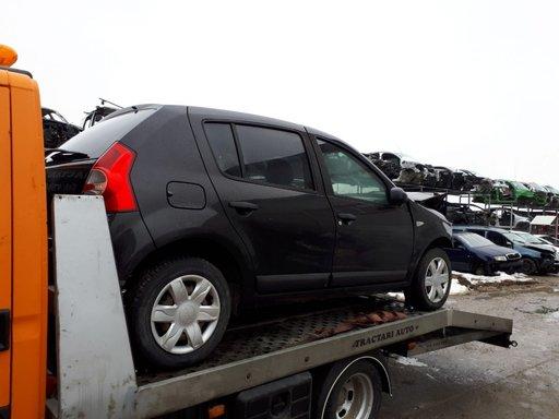 Dezmembram Dacia Sandero 2010 1.2 16v D4F732 E5