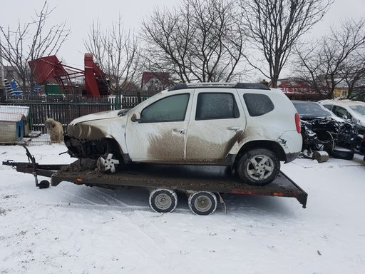Dezmembram / dezmembrez Dacia DUSTER 1.5 dci 2011 tip motor k9k j8 110