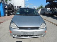 Dezmembram Ford Focus 1.8TDDI An 2000 Hatchback