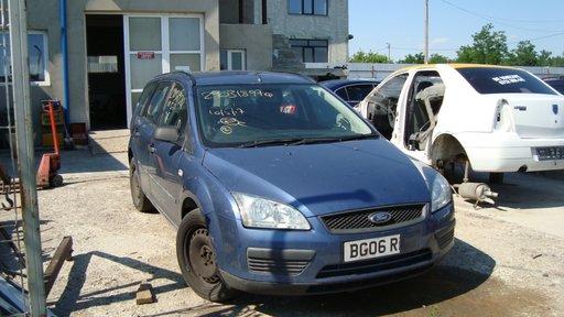 Dezmembram Ford Focus 2 Combi an 2006 motor 1.6 tdci 90CP cod HHDA