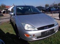 Dezmembram ford focus ghia sedan din 2000-1,8 benzina